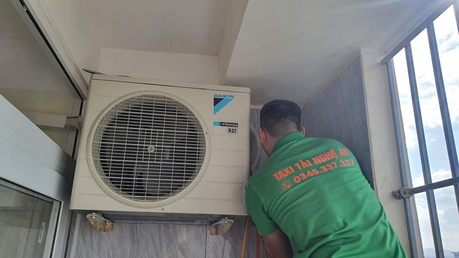 Chuyển Nhà Nghệ An - Thợ điện lạnh, tháo lắp điều hòa